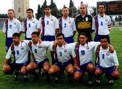 Azerbaijan-01-diadora-home-kit-white-blue-blue-line-up.jpg
