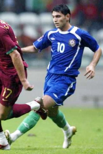 Azerbaijan-06-07-UMBRO-home-kit-blue-blue-green.jpg