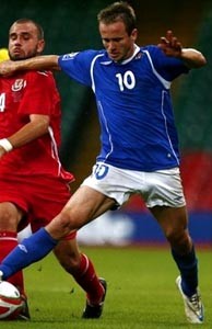 Azerbaijan-08-09-UMBRO-home-blue-white-blue.JPG