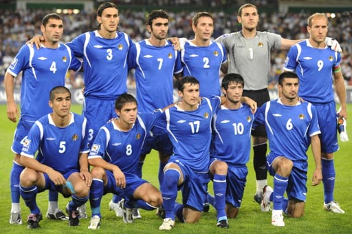 Azerbaijan-09-UMBRO-uniform-blue-blue-blue-group.JPG