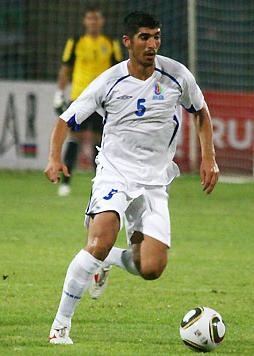 Azerbaijan-10-11-UMBRO-away-kit-white-white-white.JPG