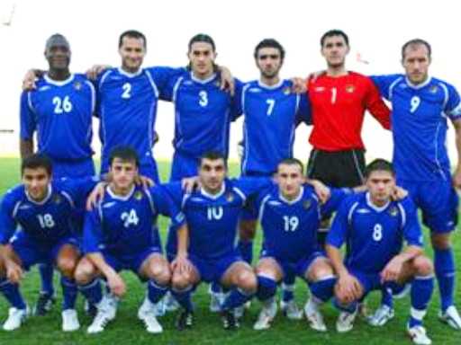 Azerbaijan-10-UMBRO-away-kit-blue-blue-blue-line-up.jpg