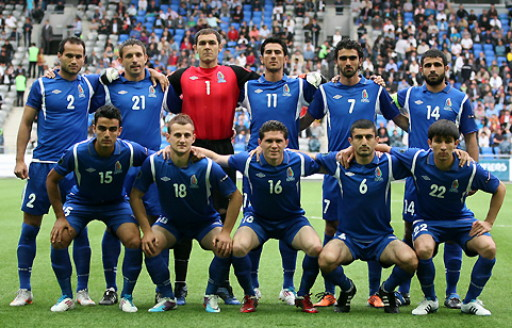 Azerbaijan-11-UMBRO-away-kit-blue-blue-blue-line-up.jpg