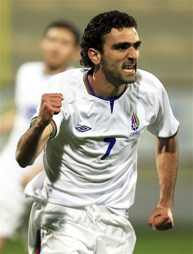 Azerbaijan-12-13-UMBRO-home-kit-white-white-white-2.jpg
