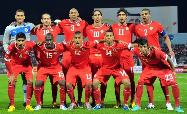 Bahrain-13-14-PUMA-home-kit-red-red-red-line-up.jpg