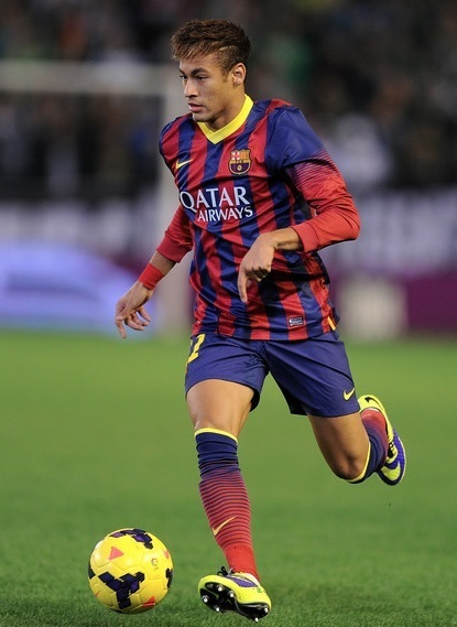 Barcelona-13-14-NIKE-home-kit-Neymar.jpg