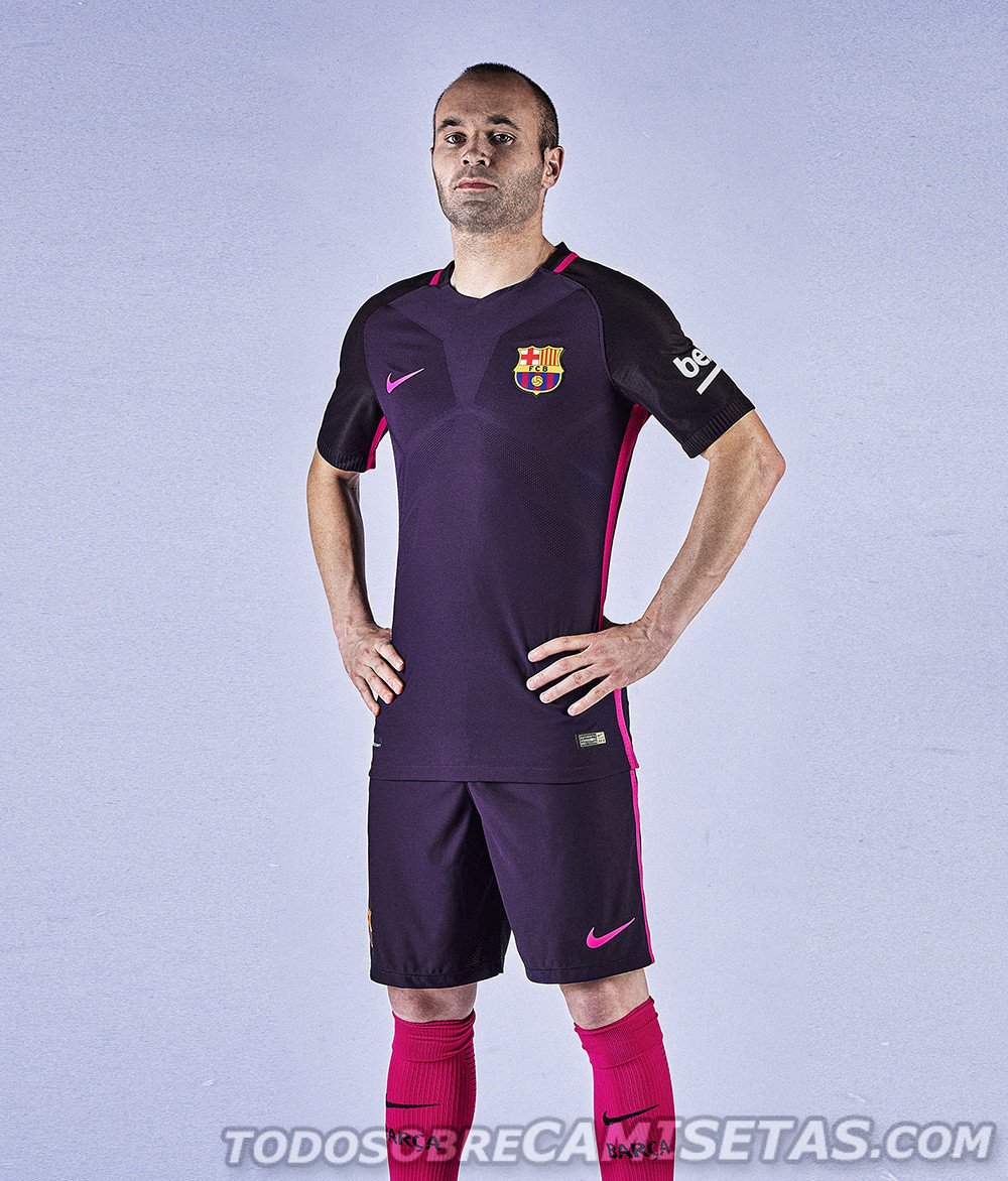Barcelona-2016-17-NIKE-new-away-kit-7.jpg