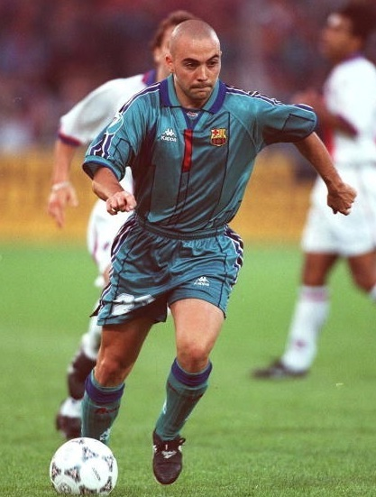 Barselona-95-96-Kappa-away-kit-Ivan-de-la-Pena-2.jpg