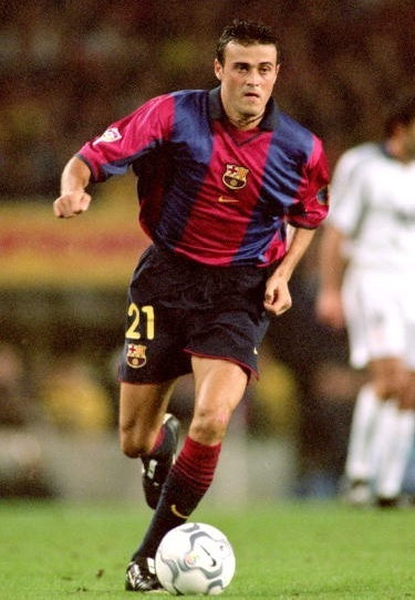 Barselona-98-99-Kappa-home-kit-Luis-Enrique.jpg