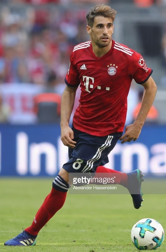 Bayern-Munich-2018-19-adidas-new-home-kit-Javier-Martinez.jpg