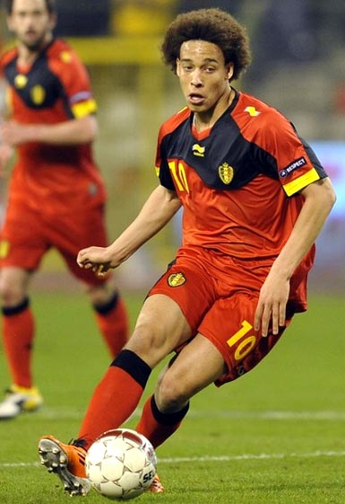 Belgium-11-12-BURRDA-home-kit-red-red-red.JPG