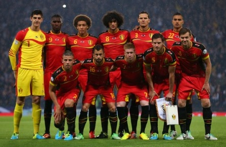 Belgium-12-13-BURRDA-home-kit-red-red-black-line-up-2.jpg