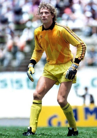Belgium-1986-adidas-world-cup-GK-away-kit.jpg