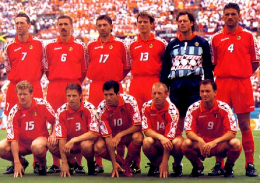 Belgium-94-diadora-uniform-red-red-red-group.JPG