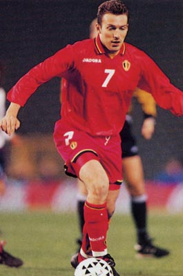Belgium-96-97-DIADORA-uniform-red-red-red.JPG