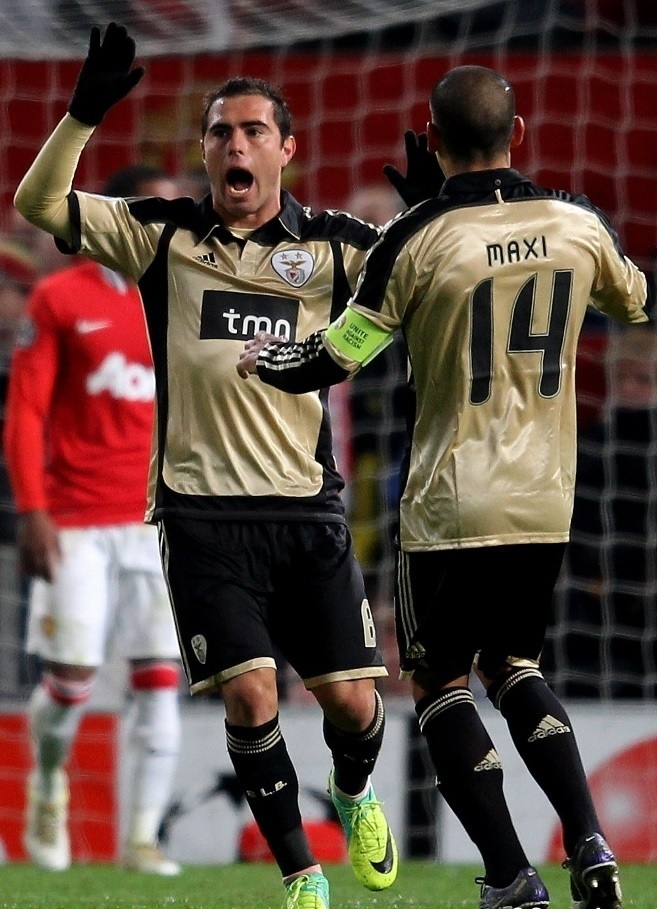 Benfica-11-12-adidas-away-kit.jpg