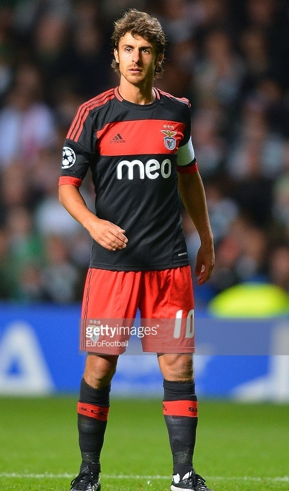 Benfica-12-13-adidas-away-kit.jpg