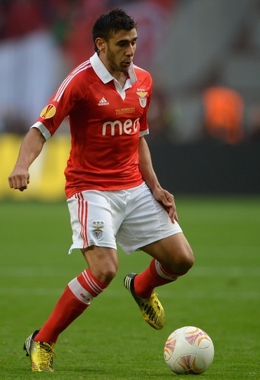Benfica-12-13-adidas-home-kit.jpg