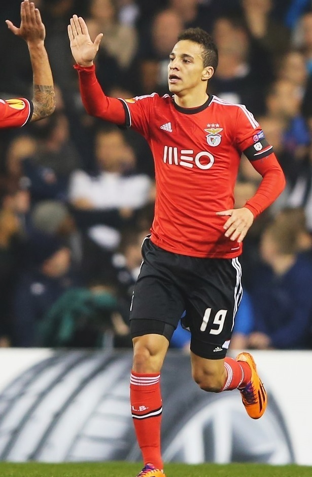 Benfica-13-14-adidas-home-kit.jpg
