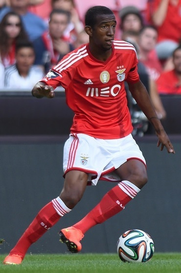 Benfica-14-15-adidas-home-kit.jpg