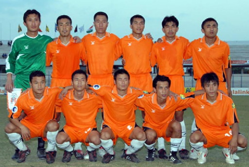Bhutan-06-FBT-orange-orange-white-line-up.jpg