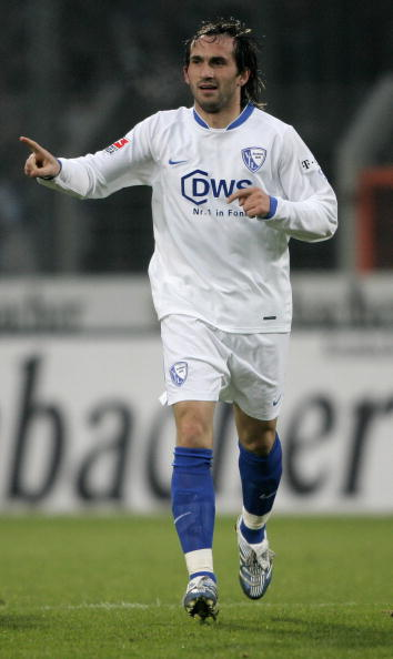 Bochum-06-07-NIKE-second-kit-white-white-blue-Theofanis-Gekas.jpg