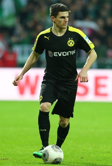 Borussia-Dortmund-13-14-PUMA-second-kit-black-black-black.jpg