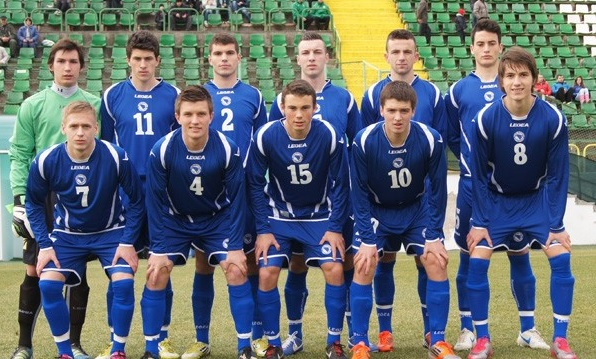 Bosnia-Herzegovina-05-LEGEA-away-kit-blue-blue-blue-line-up.jpg