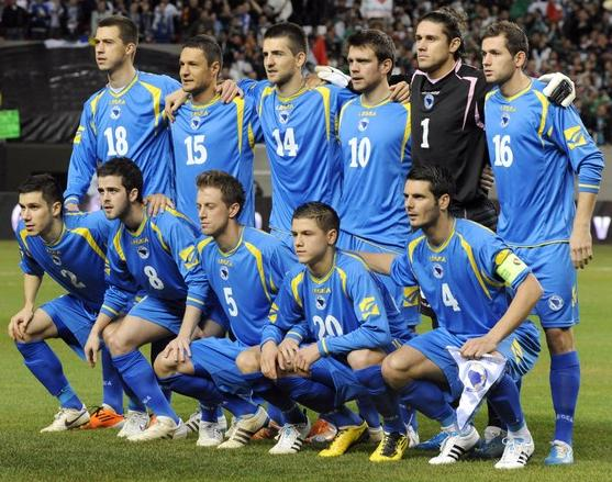 Bosnia-Herzegovina-10-11-LEGEA-away-kit-blue-blue-blue-line up.JPG