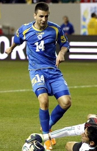 Bosnia-Herzegovina-10-11-LEGEA-home-kit-blue-blue-blue.JPG