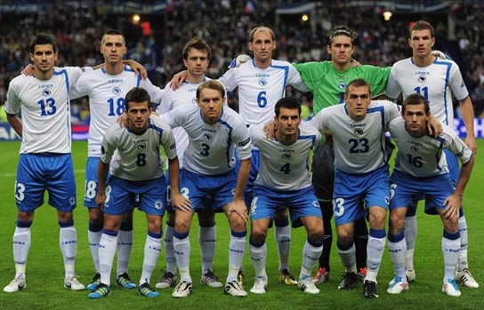 Bosnia-Herzegovina-10-11-LEGEA-home-kit-white-blue-white-line-up.JPG