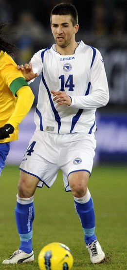 Bosnia-Herzegovina-12-13-LEGEA-home-kit-white-white-blue.jpg