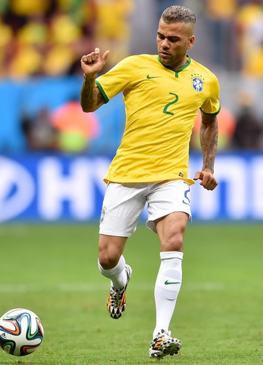 Brazil-14-15-NIKE-home-kit-yellow-white-white.jpg