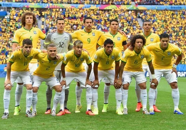 Brazil-2014-NIKE-home-kit-yellow-white-white-line-up.jpg