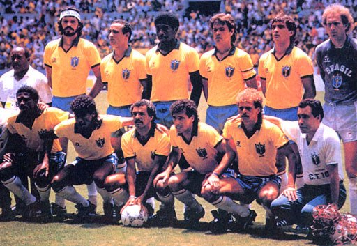 Brazil-86-TOPPER-uniform-yellow-blue-white-group.JPG