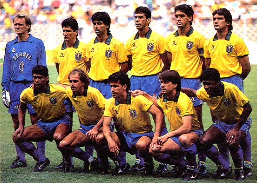 Brazil-90-TOPPER-uniform-yellow-blue-white-group.JPG