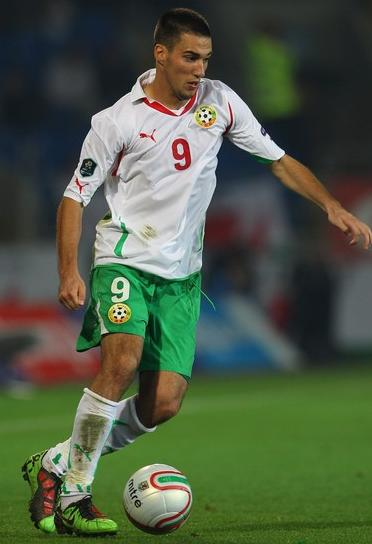 Bulgaria-10-11-PUMA-home-kit-white-green-white.JPG