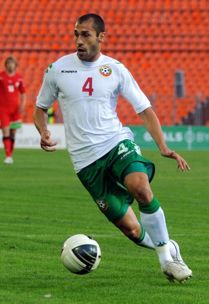 Bulgaria-11-12-Kappa-home-kit-white-green-white.JPG