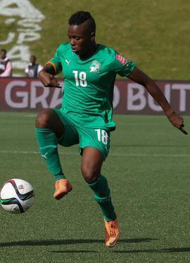 Côte d'Ivoire-2015-PUMA-women-away-kit-green-green-green.jpg