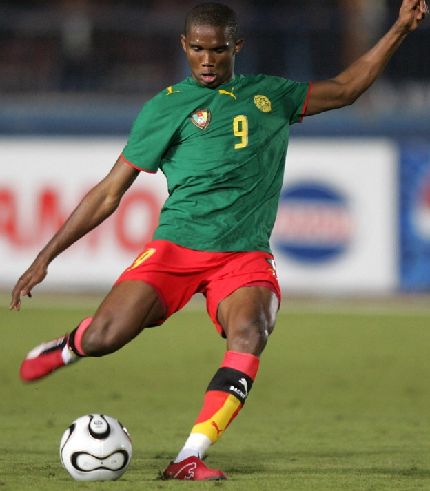 Cameroon-06-07-home-kit-green-red-red.jpg