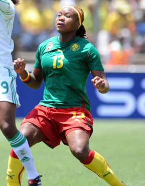 Cameroon-11-PUMA-women-home-kit-green-red-yellow.jpg