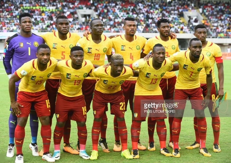 Cameroon-2017-PUMA-away-yellow-red-red-line-up.jpg