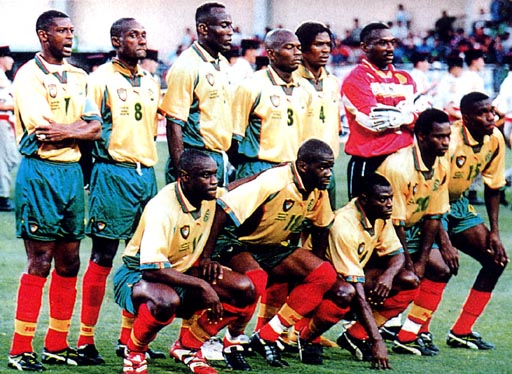Cameroon-98-PUMA-WC-yellow-green-red-group.JPG