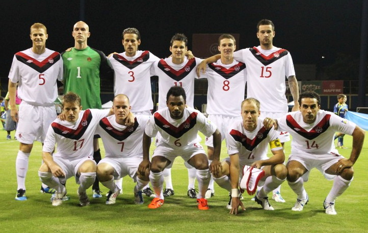 Canada-11-12-UMBRO-away-kit-white-white-white-line-up.jpg
