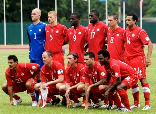 Canada-12-13-adidas-home-kit-red-red-red-line-up.jpg