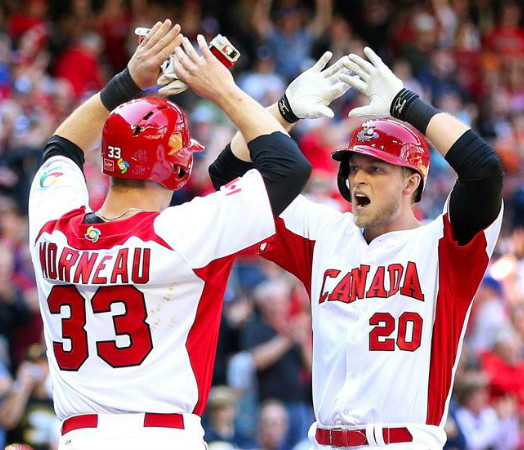 Canada-2013-WBC-home-uniform.jpg