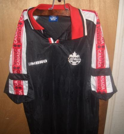 Canada-97-UMBRO-third-football-shirt.JPG
