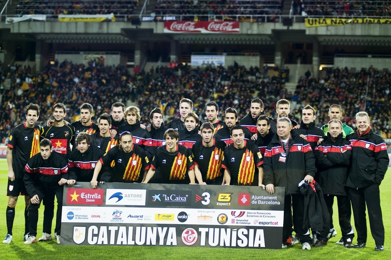 Catalunya-2011-Astore-home-kit-black-blck-black-line-up.jpg