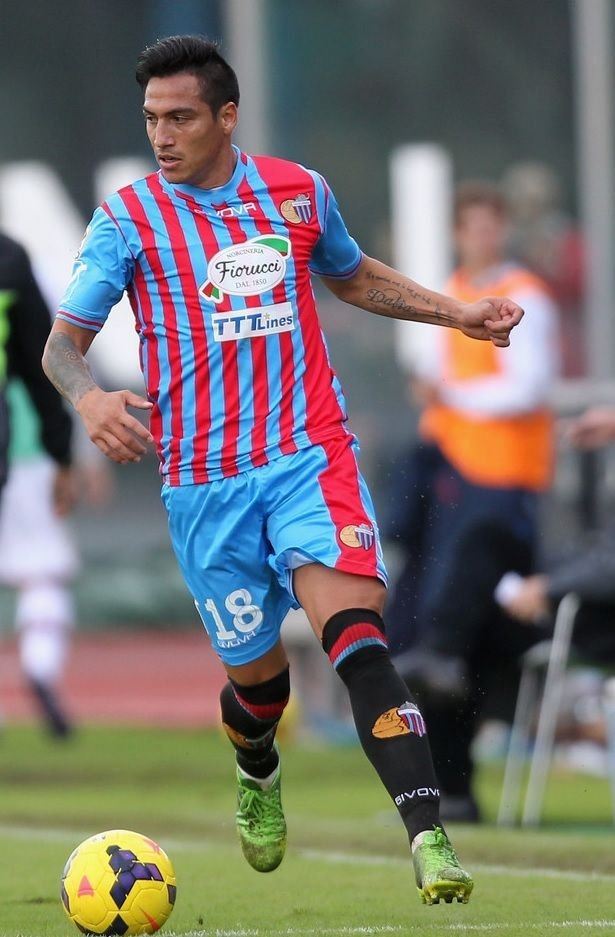 Catania-2013-14-GIVOVA-home-kit.jpg