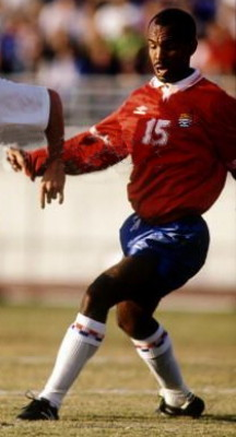 Cayman Islands-93-UMBRO-home-kit-red-blue-white.jpg